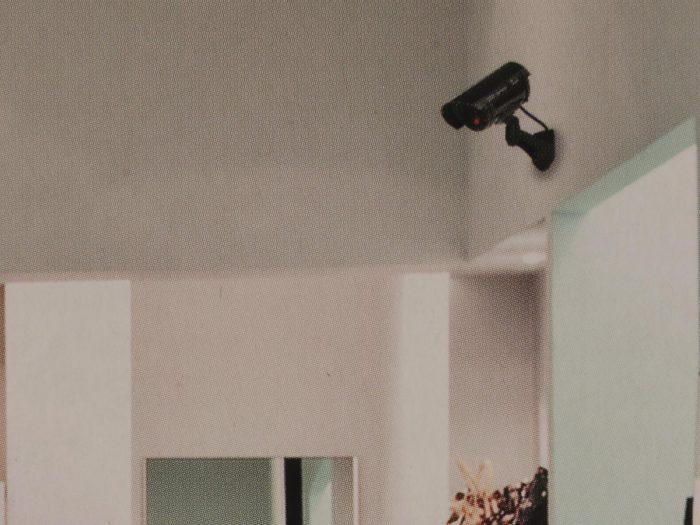 I580701.3-Kameradummy-Grundig-schwarz
