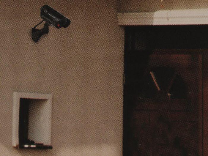 I580701.4-Kameradummy-Grundig-schwarz